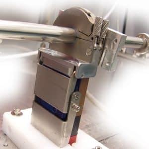 Customised closed chamber welding head for orbital welding